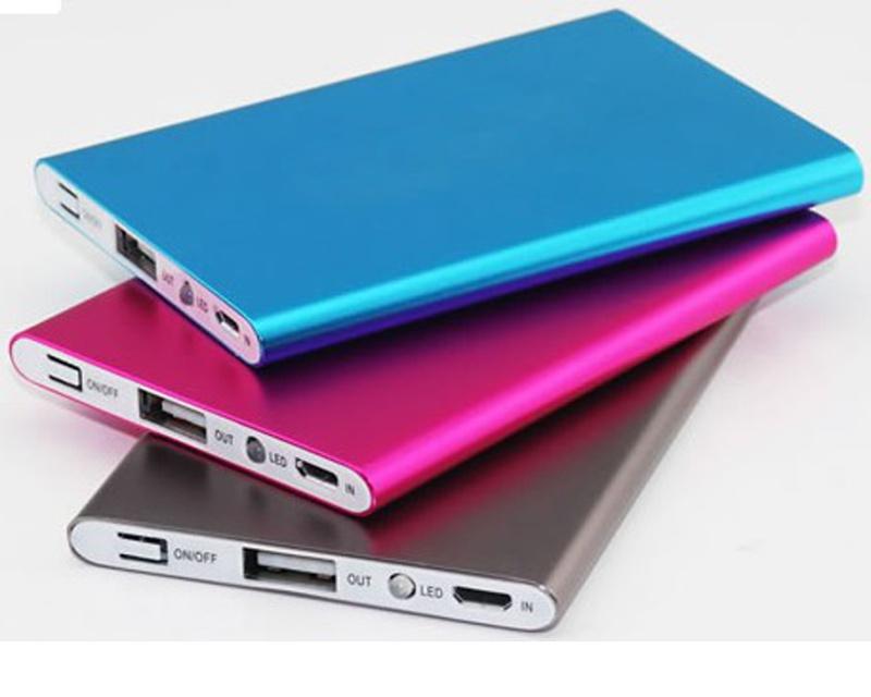 Мобильные аксессуары в ассортименте
