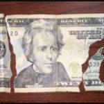 Обмен испорченных, горелых, прелых купюр долларов