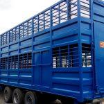 Lвухэтажный полуприцеп для перевозки животных