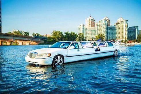 Аренда Аква лимузина, прокат аква лимузин на воде
